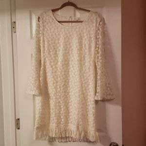Size M lace dress.